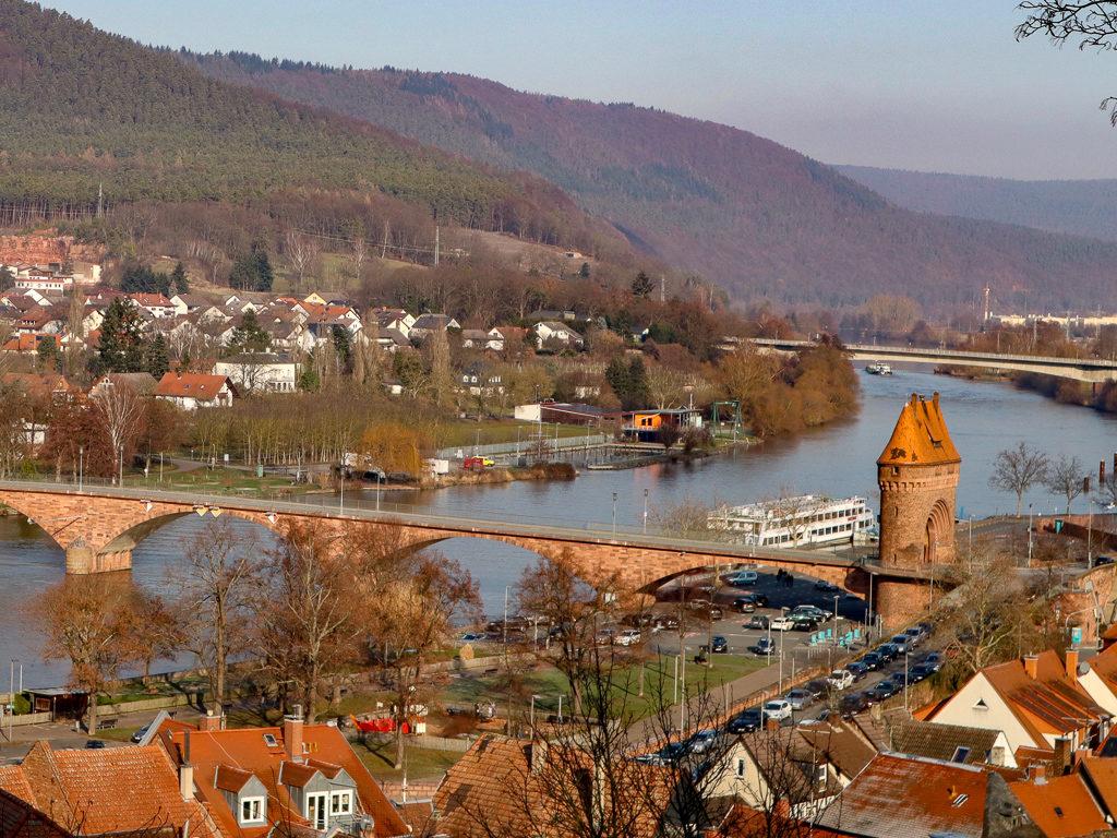 Challenger, Wohnmobil, Womo, Miltenberg, Main, Stellplatz, Stellplatz am Yachthafen, Mainbrücke, Brückenturm