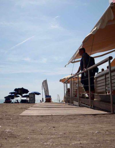 Strandbar, Sommer, Sonne, Meer und Wind...