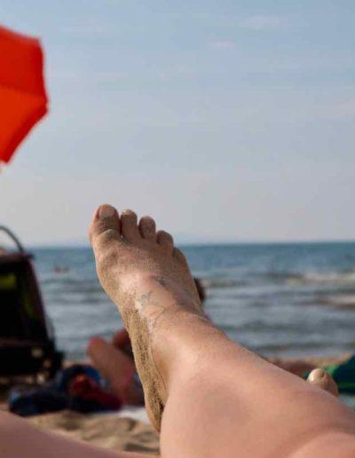 So läßt es sich aushalten - auch ich genieße die Sonne am Strand