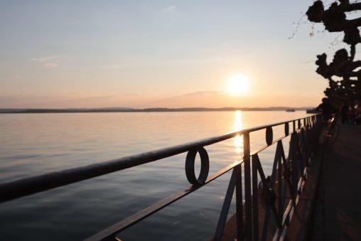 AbenteuerWomo, Meersburg, Bodensee, Baden-Württemberg, Promenade, Uferpromenade, Sonnenuntergang, Abendrot