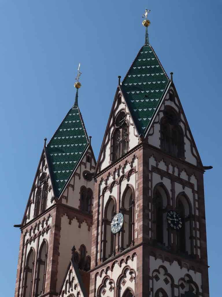 Freiburg, Breisgau, Baden-Württemberg, Kirche, AbenteuerWomo, Stühlinger Kirchplatz