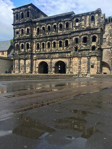 Trier, Porta Nigra, Mosel, Rheinland-Pfalz, AbenteuerWomo