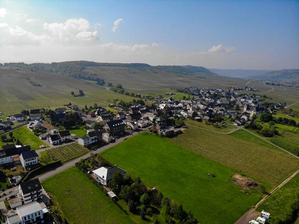 Brauneberg, Mosel, Rheinland-Pfalz, Drohne, Luftbild, Wohnmobil, Womo, Wohnmobilstellplatz, AbenteuerWomo, DJI, DJI MavicAir