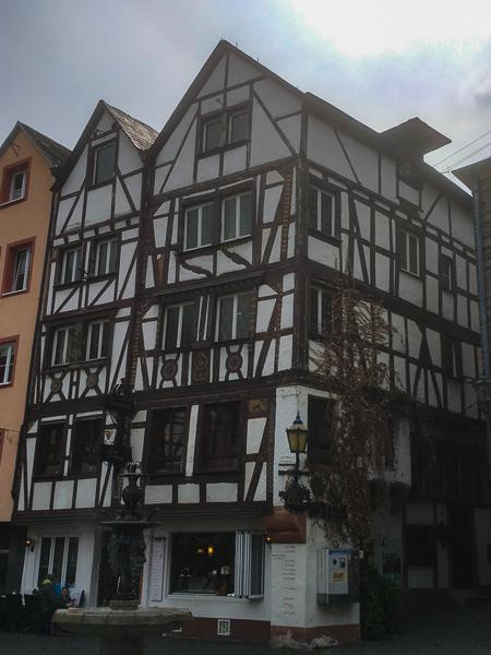 Bernkastel-Kues, Rheinland-Pfalz, Fachwerkhaus, AbenteuerWomo